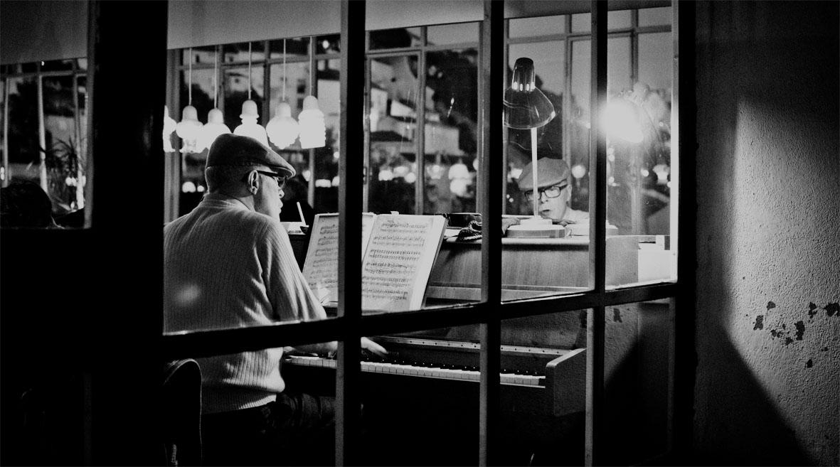 Lisbon Café do Garagem | chestnutandsage.de