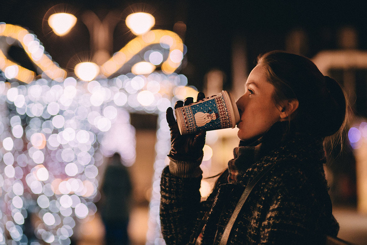christmas market | unsplash.com