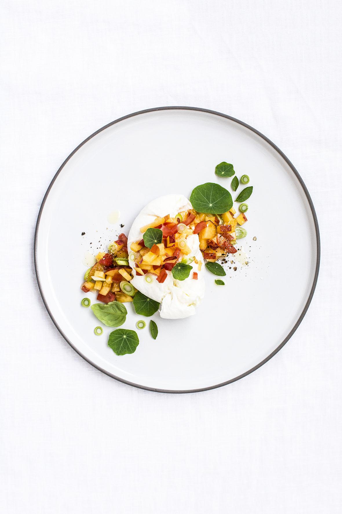 Burrata Tomaten Pfirsich | chestnutandsage.de