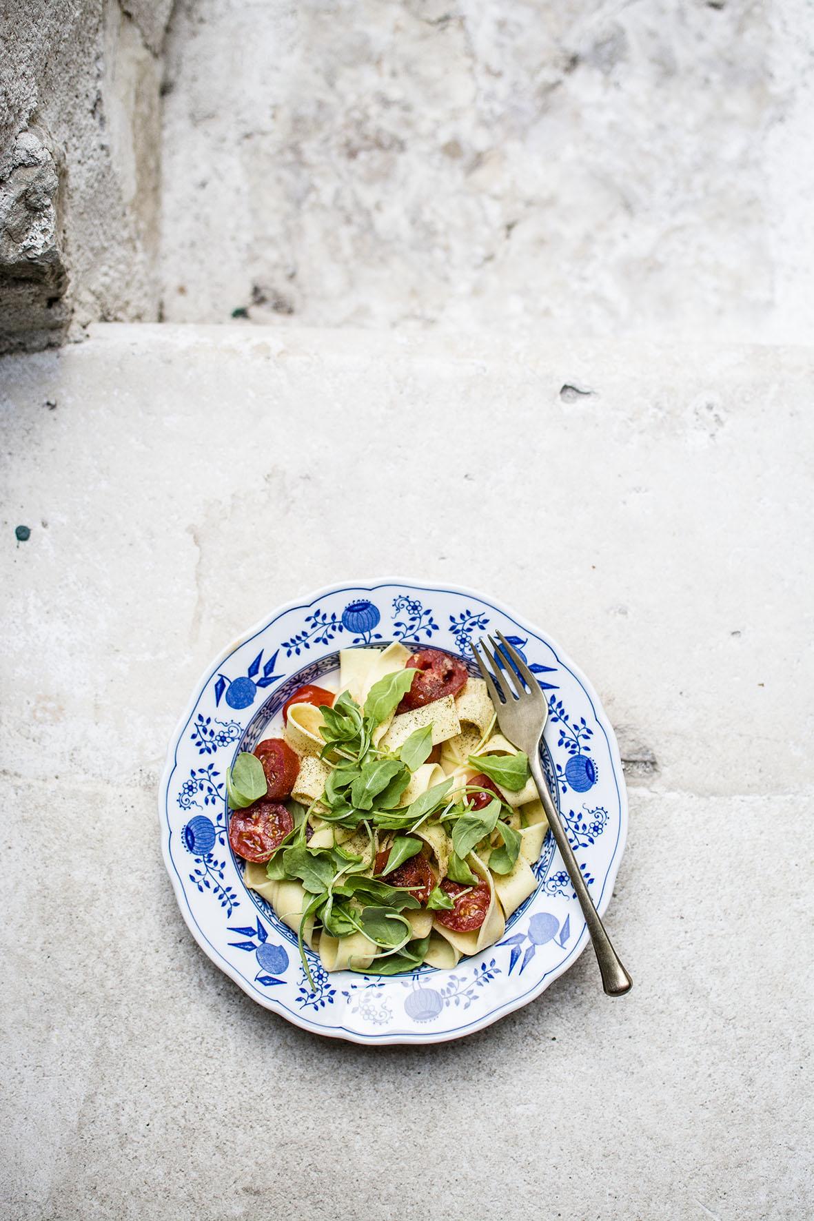 Ferienhauskueche |Pasta mit Ingwer und Tomaten | chestnutandsage.de